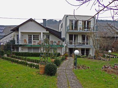 idylisches weinhotel an der mosel hotel brauneberg 26mhr4j. Black Bedroom Furniture Sets. Home Design Ideas