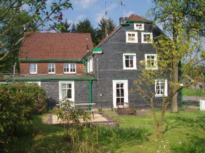 Landhaus Lerchenhof - Bergisches Land****
