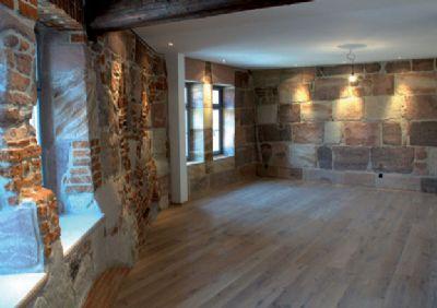 drei wohnungen im herrenhaus baujahr 1620 wohnung n rnberg 2yc7c3k. Black Bedroom Furniture Sets. Home Design Ideas