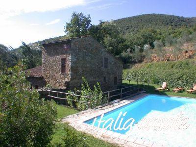 Toskana, Ferienhaus für 8 Personen mit Pool bei Castelnuovo