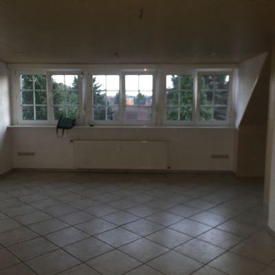 Schöne Einraum-Dachgeschosswohnung mit Küche in Hamm-Rhynern zu vermieten