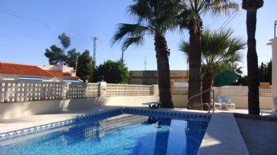 Villa mit privates beheiztem Pool
