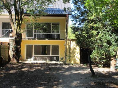 Ruhige gelegene Doppelhaushälfte in bevorzugter Lage in München Waldtrudering