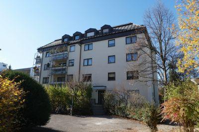 Helle und ruhige 2-Zimmer Wohnung mit Balkon
