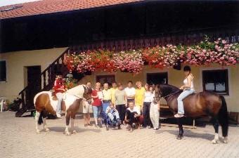 Rathgeberhof - Ferienwohnungen und Zimmer