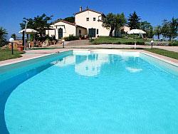 Ferienwohnung in landwirtschaftlichem Betrieb mit Pool bei Massa Marittima