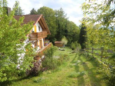 Ferienhaus in traumhafter Lage  -   Nähe Starnberg und Murnau in Seenlandschaft
