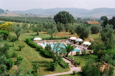 Ferienhaus in den Huegeln der Maremma mit grossem Garten und Schwimmbad