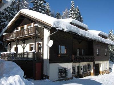 Ferienwohnungen & Appartements -- Turracher Waldhaus