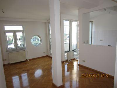 Schöne ruhige 2-Raum Dachgeschosswohnung mit Terrasse